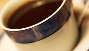 Beber demasiado café puede perjudicar tus riñones.
