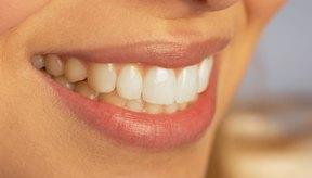Desházte de los labios secos y dañados por el sol usando lociones con vitamina E.