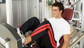 La prensa de piernas horizontal ayuda a fortalecer los grupos musculares de la parte inferior del cuerpo.
