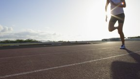Mientras más rápido y más distancia corras, más calorías quemarás.