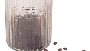 La cafeína se ha demostrado que es perjudicial para la sensibilidad a la insulina en individuos sanos, así como individuos obesos y diabéticos tipo 2.