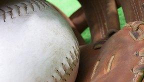 La forma de sujetar las costuras determina la velocidad que haces girar la bola.