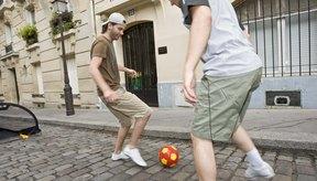 Este movimiento te permitirá generar un espacio para avanzar o pasar el balón.