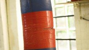 La altura apropiada para colgar un saco pesado es una consideración importante en el entrenamiento.