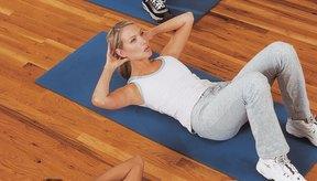 Las abdominales tonifican tu abdomen, pero queman relativamente pocas calorías.