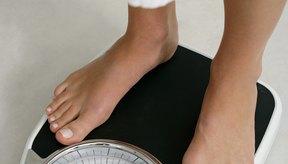 Pierde de 1 a 2 libras por semana caminando y recortando calorías.