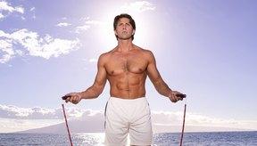 Saltar la cuerda mejora la fuerza superior e inferior del cuerpo.
