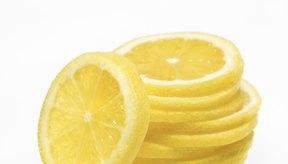 Los limones son ácidos y pueden desencadenar o exacerbar los síntomas del LPR.