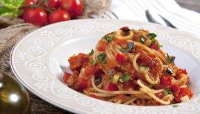 Espaguetis con salsa de tomate.