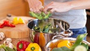 Come una amplia variedad de alimentos saludables.