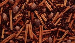 Los clavos de olor se utilizan en cocina para darle sabor a algunos alimentos.