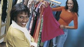 Para la ropa, visita tiendas de ropa de seguna mano en buen estado.