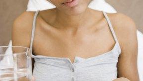 Previene las náuseas tomando tus vitaminas con comida y agua.