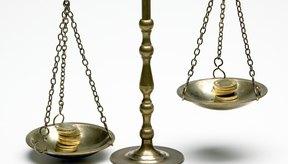 Comparar el peso de dos objetos ayudará a tus niños a comprender lo que significa libra.