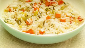 La suavidad de los pares de arroz con sabrosas frituras.