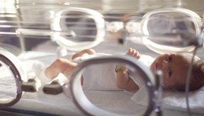 Los bebés prematuros con bajo peso tienen riesgo de presentar deficiencia de vitamina E.
