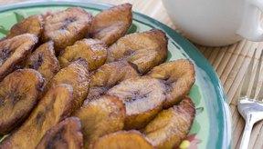 Plátanos fritos en rodajas.