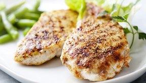 Trata de consumir un gramo de proteína por libra de peso corporal.