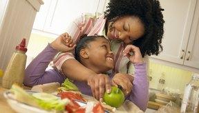 Comer alimentos saludables puede servir como base de una vida saludable.