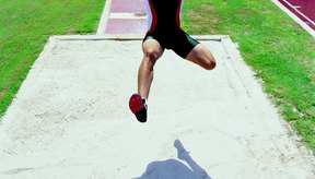 La velocidad, la técnica y el poder son elementos clave para el salto largo.