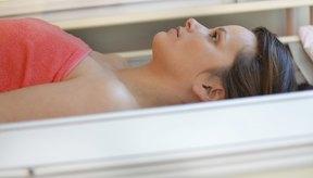 Usar una cama de bronceado es más peligroso que broncearse con el sol.
