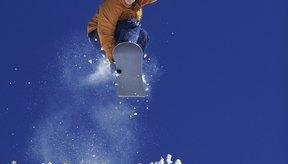 Los herrajes de sujeción de tu tabla para nieve son vitales para poder ejecutar saltos, giros y curvas.