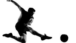 El fútbol es un deporte demandante a nivel físico.