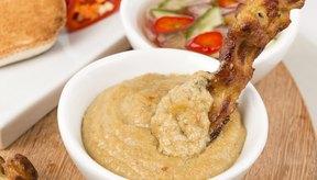 Usa la mantequilla de maní para saborizar la comida thai.