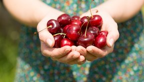 Las frutas ricas en fructosa son la sandía, manzanas y cerezas.