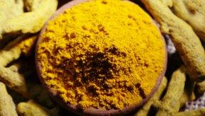 El ingrediente principal de la cúrcuma se llama curcumina.
