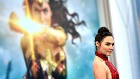 Gal Gadot aumentó 17 libras (7,7 Kg) de músculo para interpretar a la superheroína icónica Mujer Maravilla.