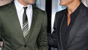 Ryan Gosling y George Clooney ejemplifican el excelente cuidado personal masculino.