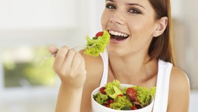 Las vitaminas se absorben mejor cuando se toman con una comida.