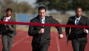 No usar equipo apropiado para correr es una de las causas del dolor anterior de la pierna.