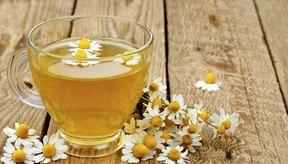 Usa manzanilla para tratar las inflamaciones en la piel.