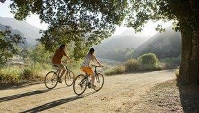Hay varias razones por las que los glúteos pueden molestarte durante o después de una larga sesión de ciclismo.