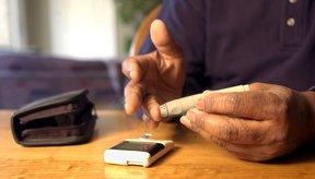 Los pacientes diabéticos deben controlar con regularidad los niveles de azúcar en sangre.