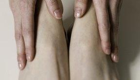 Los talones secos y agrietados por lo general se pueden tratar en casa, pero algunas veces sólo un podólogo puede ayudar.