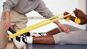 Las bandas de resistencia son útiles para rehabilitarse después de una fractura en la tibia o el peroné.