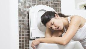 Los efectos secundarios leves incluyen naúsea y vómito.
