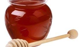 La miel es un agente antimicrobiano.