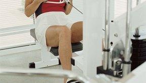 El entrenamiento de fuerza mejora el equilibrio, mientras que construye el músculo y la densidad ósea.