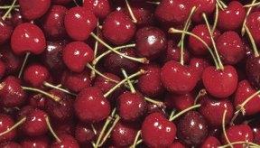 Comer cerezas puede ser peligroso si comes los huesos.