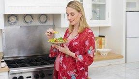 Disfruta de comidas y bocadillos saludables durante el embarazo para mantener estable tu nivel de azúcar en sangre.