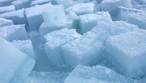 Puedes poner hielo en la zona inflamada para intentar deshincharla.