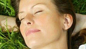 Un par de pasos simples ayudará a mantener tu piel brillante y saludable.