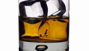 El consumo excesivo de alcohol puede crear una deficiencia de vitaminas del complejo B.