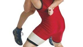 Los protectores de cabeza son usualmente requeridos en las ligas de lucha.