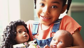Ayuda a tu hija a crear un certificado de nacimiento para su juguete más especial.
