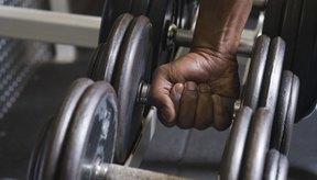 Levantar pesas pesadas aumentará tu ritmo cardíaco.